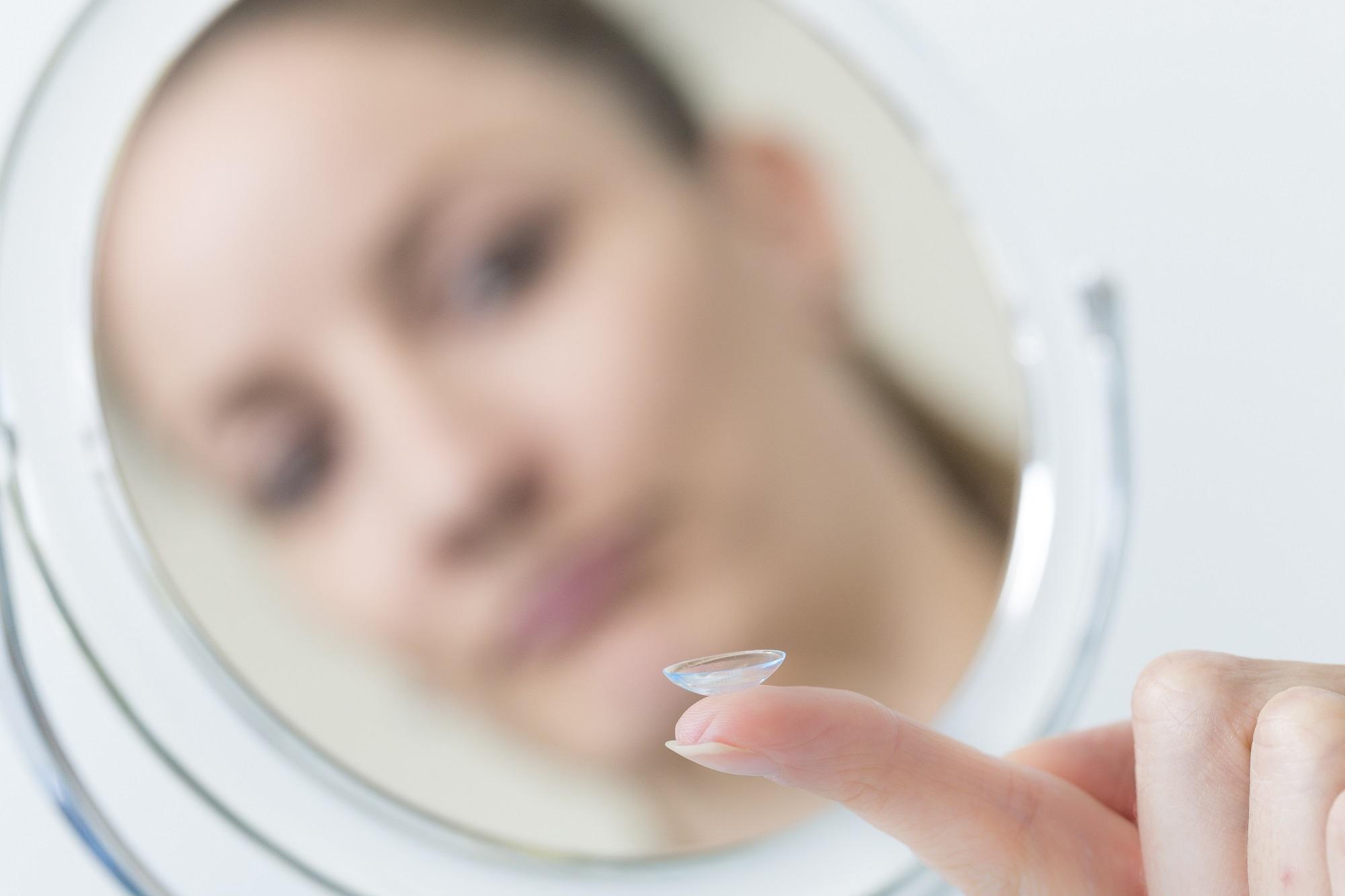 Die-richtige-Kontaktlinsenpflege-Bild-14hr7Qz2axJ1i8